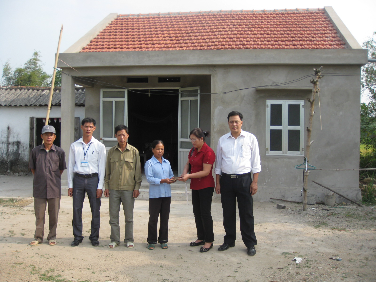 Bắc Ninh sẽ xây dựng 854 căn nhà cho người nghèo trong năm 2017 (ảnh minh họa)